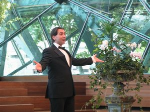 Singing in the final of the German Australian Opera Grant 2008.